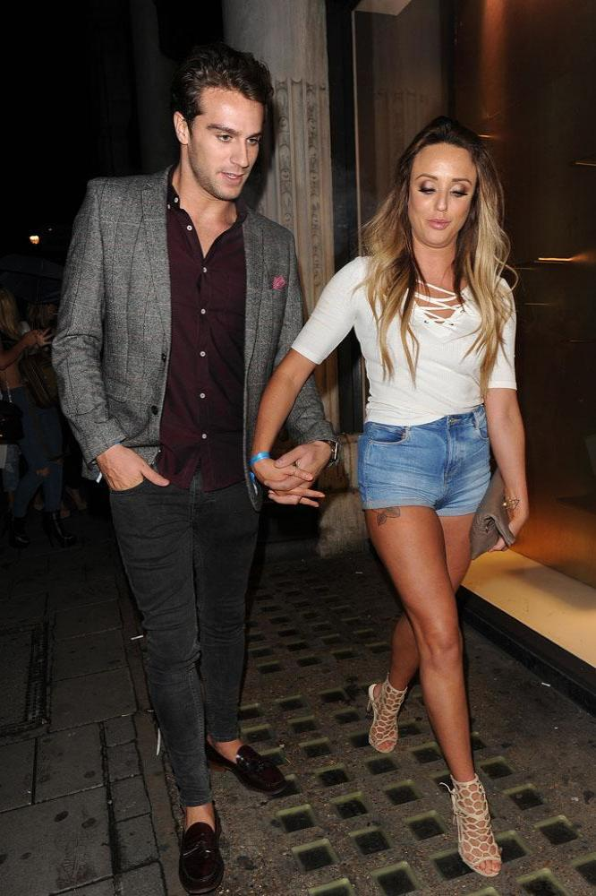 Charlotte och Gaz Geordie Shore dating 2015