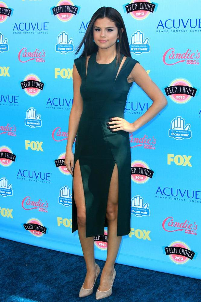 Selena Gomez S Split Dress Steal Her Style