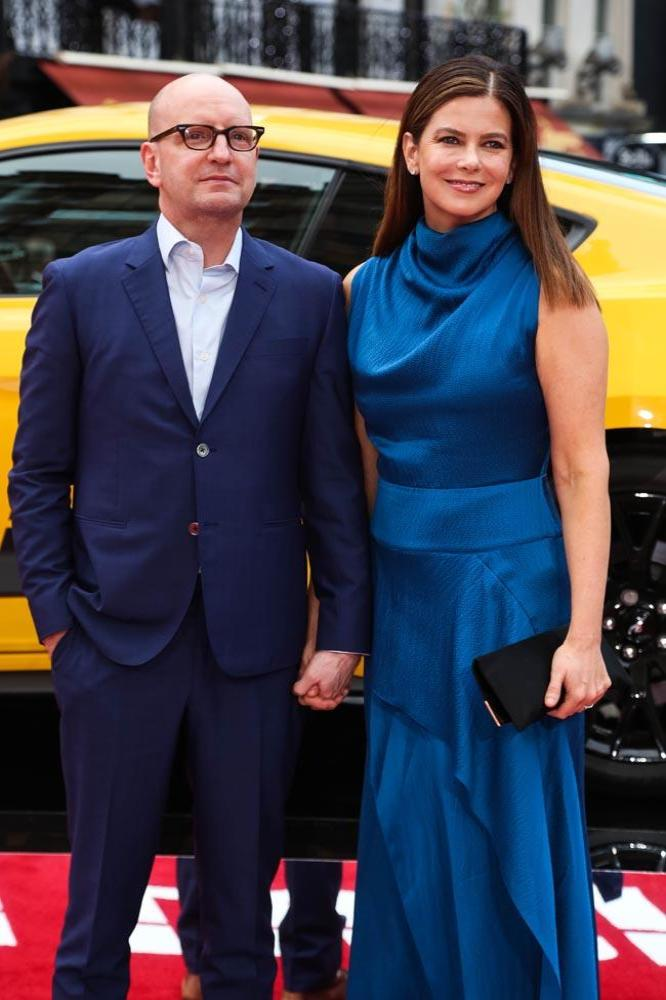 Steven Soderbergh with wife Jules Asner