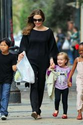 Angelina Jolie with Pax, Zahara and Vivienne