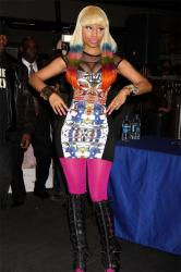 Nicki Minaj is a fan of loud prints