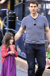 Tom Cruise with Suri
