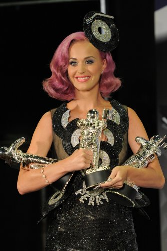 Katy perry has previously shown the influence of japanese fashion upon