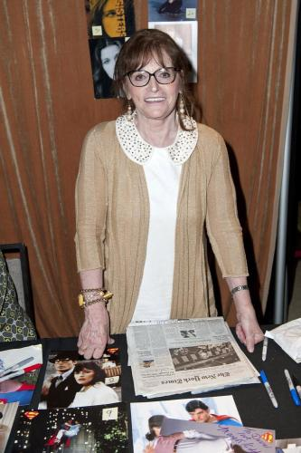 kidder single women Born in canada and raised in a mining camp, actress margot kidder (october 17, 1948-may 13, 2018) shot to international fame playing lois lane opposite christopher reeve's clark kent-man of steel in the 1978.