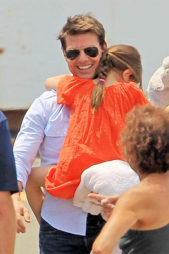 Tom Cruise to Spend Christmas With His Kids Tom Cruise Ports