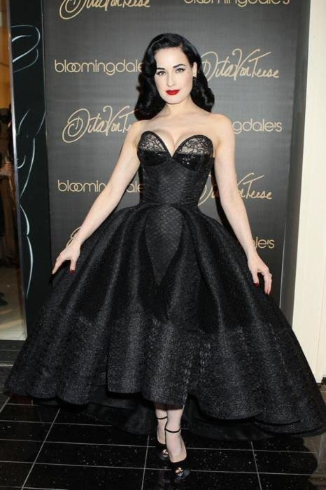 dita von teese designs christian louboutin lingerie. Black Bedroom Furniture Sets. Home Design Ideas