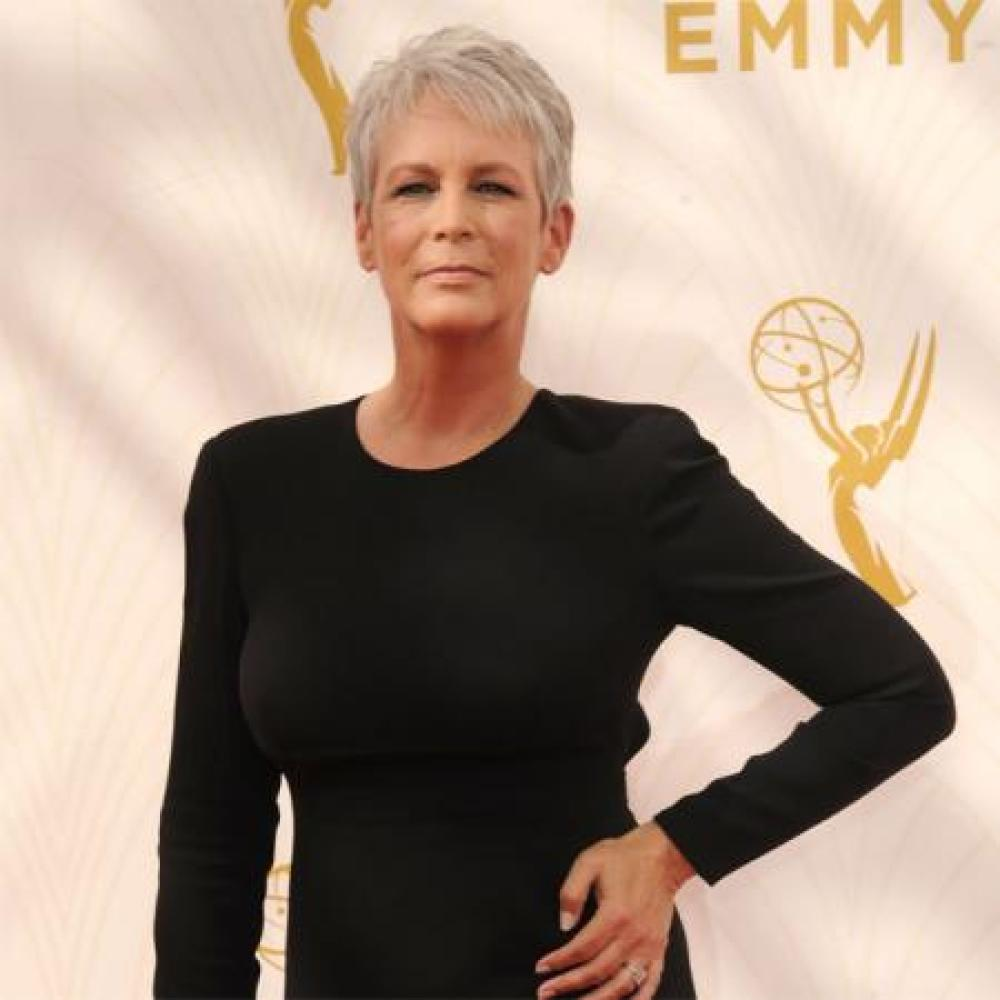 Jamie Lee Curtis (Famous)