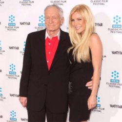 Crystal Harris give Hefner dog back