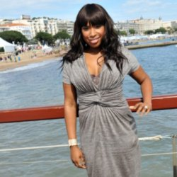 Jennifer Hudson fronts charity toy drive