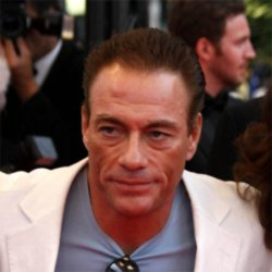 Jean-Claude Van Damme has heart attack