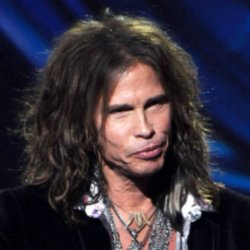 Steven Tyler delighted partygoers