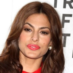Eva Mendes is reportedly dating Ryan Gosling