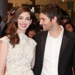 Jim Sturgess with Anne Hathaway