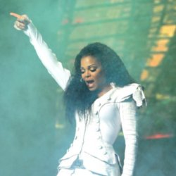Janet Jackson pulls out of show an hour before performance