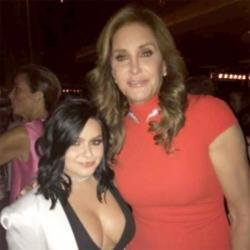 Ariel Winter and Caitlyn Jenner (c) Snapchat