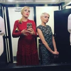 Busy Philipps and Michelle Williams (c) Instagram
