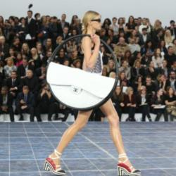 The round bag on the Chanel catwalk