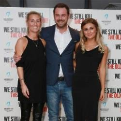 Dani Dyer with her parents