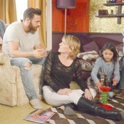 Dean Wicks with his mum Shirley Carter and daughter Jade