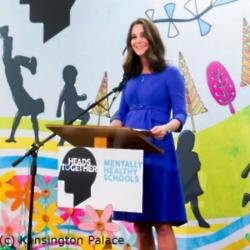 Duchess Catherine at Roe Green Junior School (c) Kensington Palace