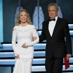 Faye Dunaway and Warren Beatty at the Oscars