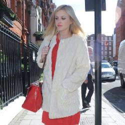 Fearne Cotton steps out looking fashionable
