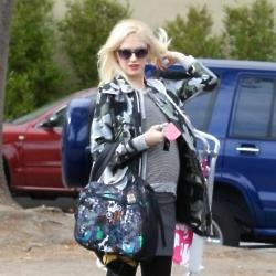 Gwen Stefani has her maternity style perfected