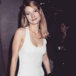 Gwyneth Paltrow at the Met Gala in 1995 via Instagram (c)