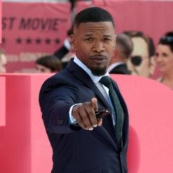 Jamie Foxx never discusses Katie Holmes romance