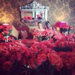 Jason Derulo and Jordin Sparks in their hotel suite full of roses