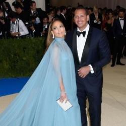 Jennifer Lopez and Alex Rodriguez 'are seeking a love nest'