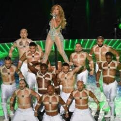 Jennifer Lopez at the Superbowl