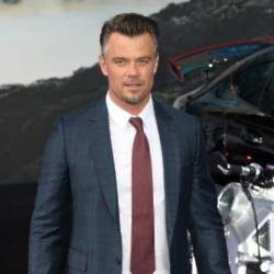 Josh Duhamel at the premiere of 'Transformers: The Last Knight'
