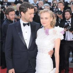 Joshua Jackson with girlfriend Diane Kruger