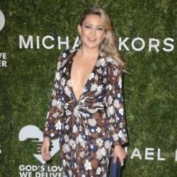 Kate Hudson relies on her girlfriends