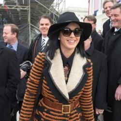 Katy Perry heading to the inaugural ball