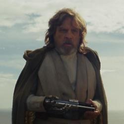 Mark Hamill says Luke Skywalker is haunted in The Last Jedi