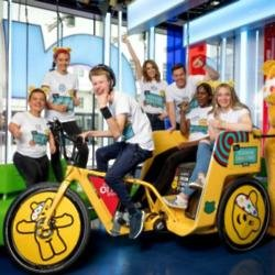 Matt Baker, Alex Jones and the Rickshaw Challenge team