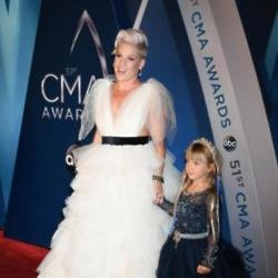 Pink with her daughter Willow