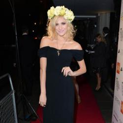 Pixie Lott accessorises with a floral head garland