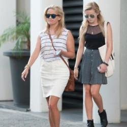 Reese Witherspoon with daughter Ava