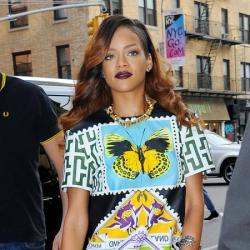 Rihanna stepped out looking chic in her printed top