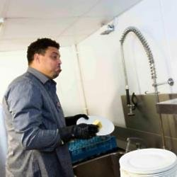 Ronaldo doing the washing up
