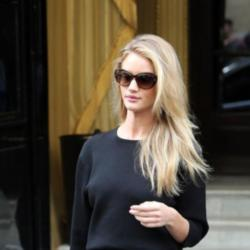 Rosie Huntington-Whiteley leaving Paris Fashion Week