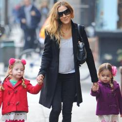 Sarah Jessica Parker with her daughters