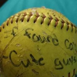 Softball (c) Twitter