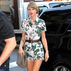 Taylor Swift steps out in New York wearing Topshop