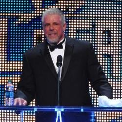 Ultimate Warrior beng inducted into WWE Hall of Fame