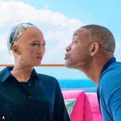 Will Smith dates robot (c) Instagram
