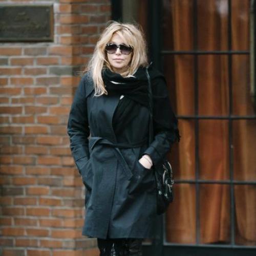 Natasha Lyonne Drugs: Gwyneth Paltrow Cured Courtney Love Of Prescription Drug